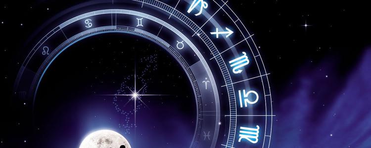 Cartomanzia e Astrologia, il loro legame