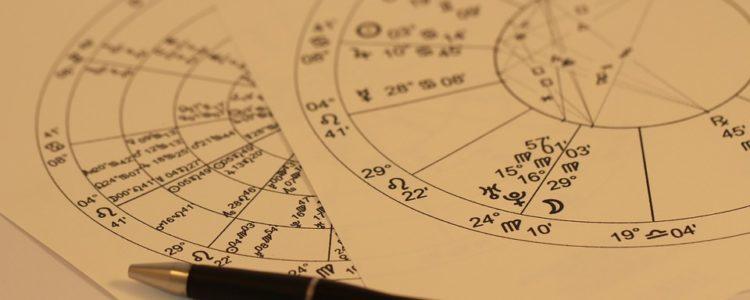 Cartomanzia: i metodi più utilizzati per leggere i tarocchi